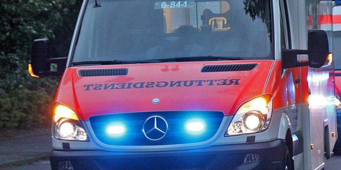Beim Wenden übersehen: 16-jähriger Mopedfahrer schwer verletzt