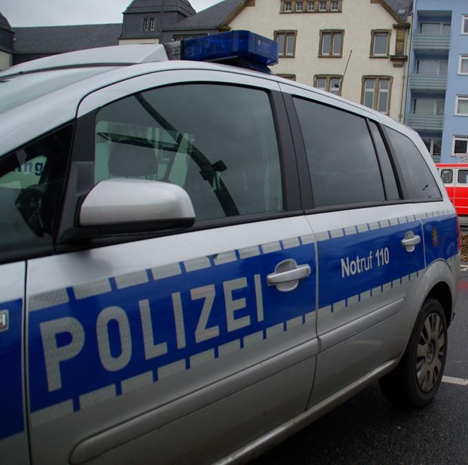 Unfall mit Gipsarm und Alkohol im Blut – Beifahrerin schwer verletzt