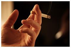 Selbstlöschende Zigarette – Ende der Brände durch Unachtsamkeit?