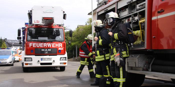 Zimmerbrand in Mehrfamilienhaus in Taunusstein endete glimpflich
