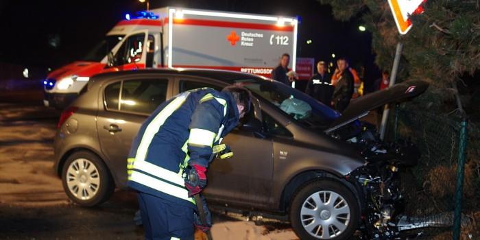 Zusammenstoß auf Kreuzung fordert vier Verletzte