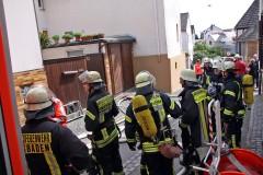 Elektroverteilung fängt Feuer – Kellerbrand in Kloppenheim schnell gelöscht