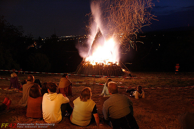 Ausgeh-Tipps für's Wochenende: Freiwillige Feuerwehren feiern Sonnenwende