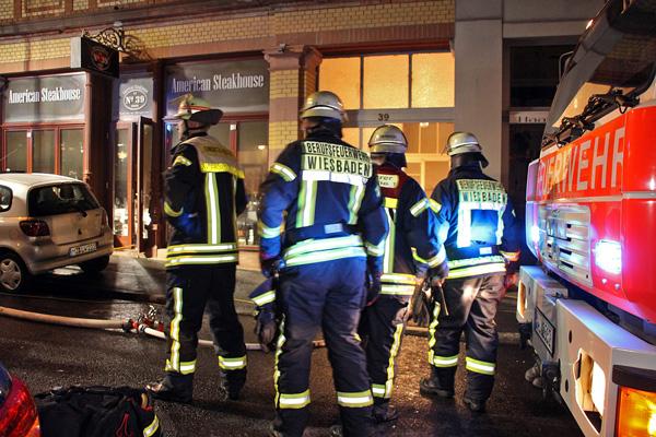 Aufmerksamer Nachbar verhindert Schlimmeres: Feuer in Restaurant schnell gelöscht