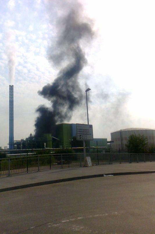 Großeinsatz in Mainz: Kohlestaubwolke über Mombach