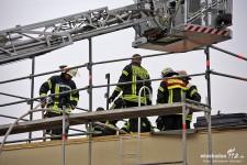 Feuer auf Flachdach nach Dacharbeiten in Klarenthal