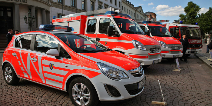 Acht neue Fahrzeuge im neuen Design für die Feuerwehr Wiesbaden