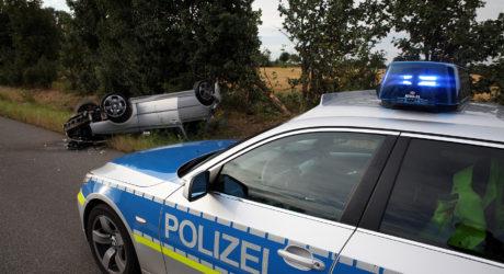 Pkw auf der A643 überschlagen – Fahrerin und Beifahrerin verletzt