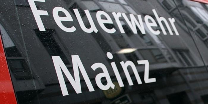 LKW erfasst Fußgänger in Mainz