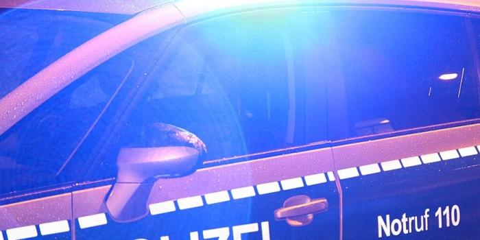 Über 70.000 Euro Sachschaden: 20-Jährige verliert Kontrolle über BMW M3