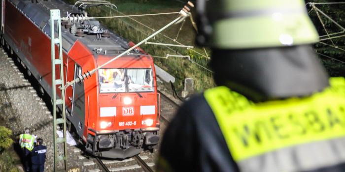 Mann in Mainz-Mombach von Zug überfahren