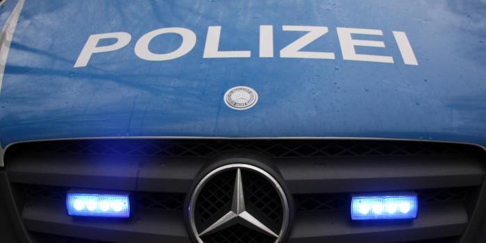 Pkw prallt in Nordenstadt gegen Wohnhaus