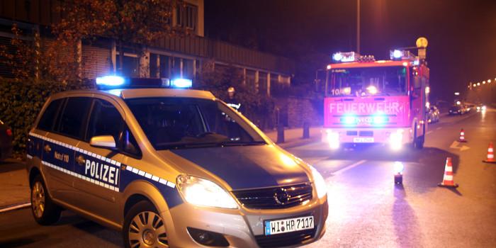 Polizeistreife entdeckt Mülltonnenbrand in Erbenheim
