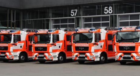 Mehrere Paralleleinsätze in Frankfurt – Ein Toter bei Wohnungsbrand
