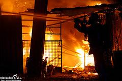 Gartenhaus nahe der Lohmühle abgebrannt – Feuerwehrmann verletzt