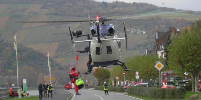 Hubschrauberrettung aus den Weinbergen bei Lorchhausen