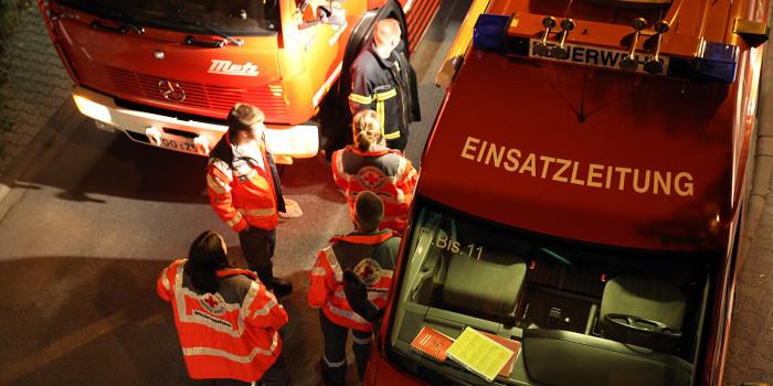 Feuerwehr und Rettungsdienst nach Stromausfall in Einsatzbereitschaft