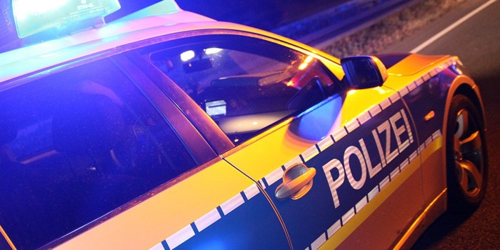 Fußgänger auf Autobahn schwer verletzt