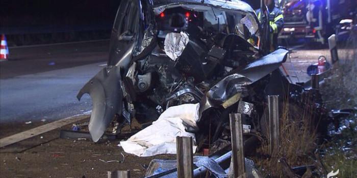 Schwerer Unfall auf der A3 bei Bad Camberg: Zusammenstoß mit Notrufsäule endet tödlich