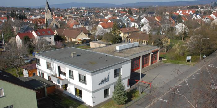 Schluss mit den Provisorien: Berufsfeuerwehr, Freiwillige Feuerwehr und Rettungsdienst bekommen Wache in Igstadt