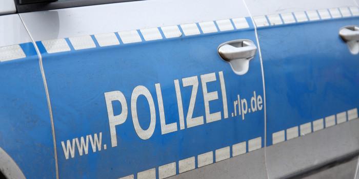 Vier Unfälle auf der A63 und A643 bei Mainz sorgen für große Verkehrsbehinderungen