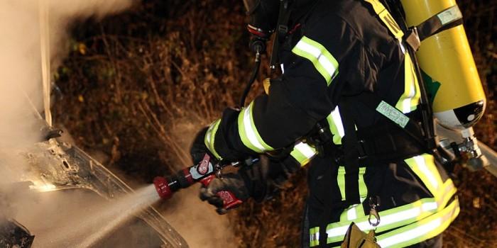 Zwei Mülltonnen brennen in Kastel und Kostheim nieder
