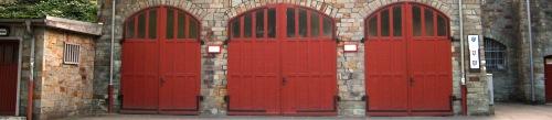 Die alten Tore am Feuerwehrhaus Sonnenberg