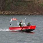 Frau aus dem Rhein gerettet