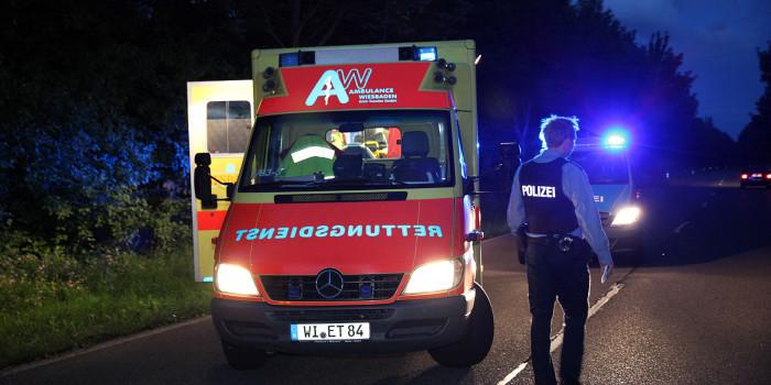 Motorradfahrer stirbt bei Überholmanöver in Frankfurt Nieder-Eschbach