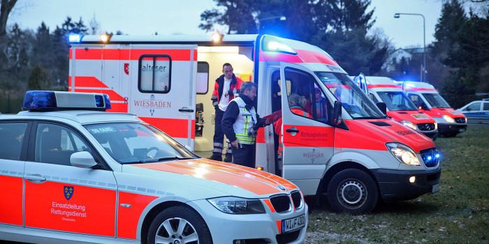 Vier Verletzte bei Auffahrunfall auf der B455