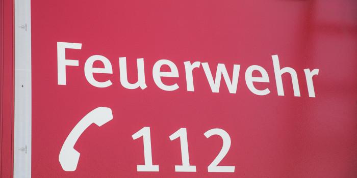 Teelichter lösen Zimmerbrand in Riedstadt aus