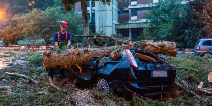 Tornado zieht Spur der Verwüstung durch Bad Schwalbach