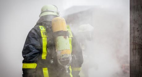 Toter bei Wohnungsbrand im Frankfurter Gallus