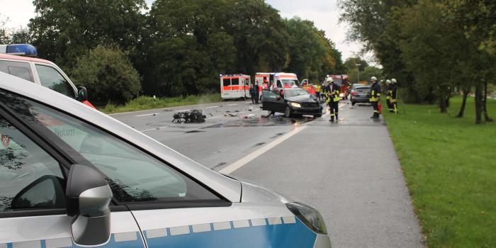 Tödlicher Frontalzusammenstoß: Rollerfahrer fährt in Gegenverkehr