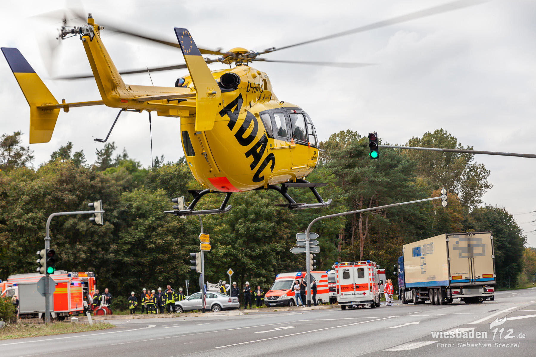 Schwerer Zusammenstoß auf Kreuzung bei Rüsselsheim