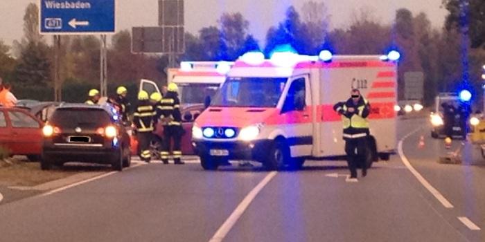 Zusammenstoß an A671-Auffahrt der B43 bei Bischofsheim