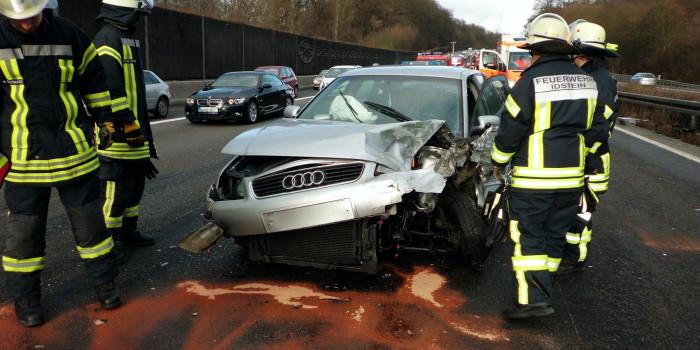 Verkehrsunfall mit mehreren Verletzten am zweiten Weihnachtsfeiertag