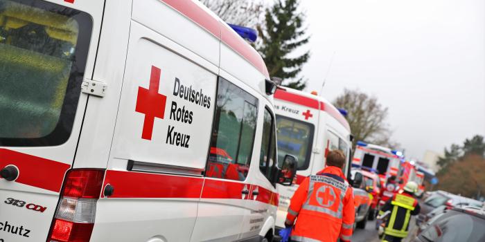 Mehrere Verletzte durch Reizgasattacke im Berufsschulzentrum Taunusstein-Hahn