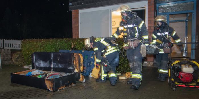 Feuer in Jugendwohnheim durch Rauchmelder rechtzeitig bemerkt – Fünf Verletzte