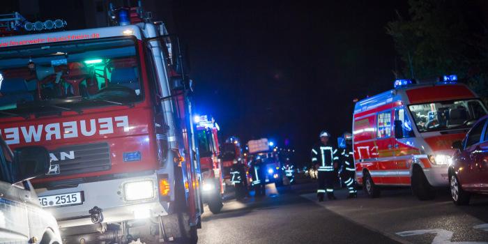 Feuer zerstört Inneneinrichtung und Dach