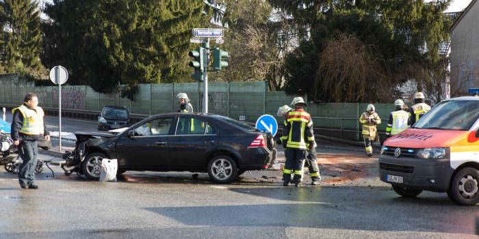 Wieder Unfall an der Kreuzung Bierstadter Höhe/B455