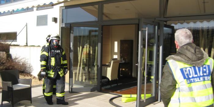 Feuer in Winkler Fitnessstudio – Kabelbrand an Kleinbagger