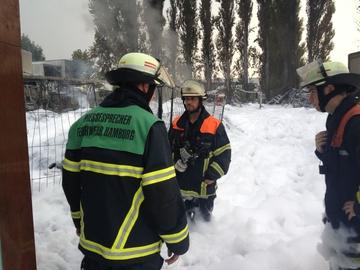 """Pressearbeit der Feuerwehr Hamburg: """"Professionelle Krisenkommunikation ist unsere Kernkompetenz"""""""