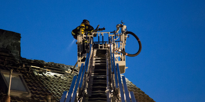 250.000€ Schaden nach Brand in Mehrfamilienhaus