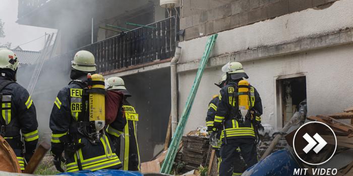Feuer in ehemaliger Heidenroder Pension – Feuerwehr rettet 15 Bauarbeiter