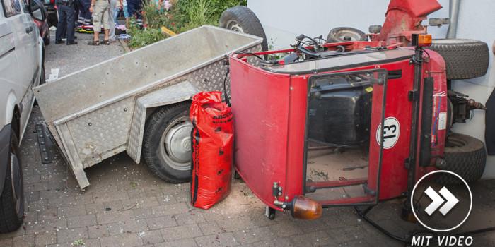 Kontrolle über Traktor verloren – Mehrere schwerverletzte Kinder