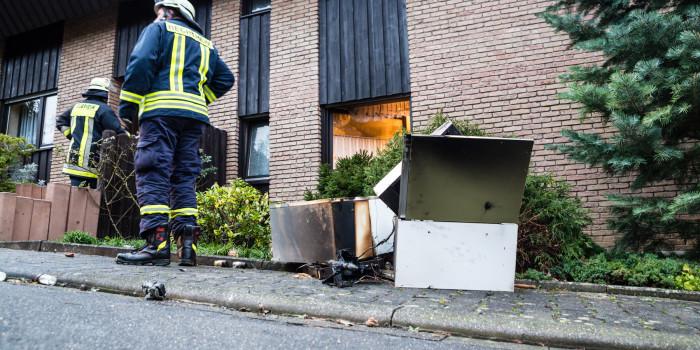 Küchenbrand durch aufmerksame Nachbarn schnell gelöscht