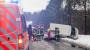 Schneematsch sorgt für Unfall auf B455: VW-Bus landet auf entgegenkommendem Auto
