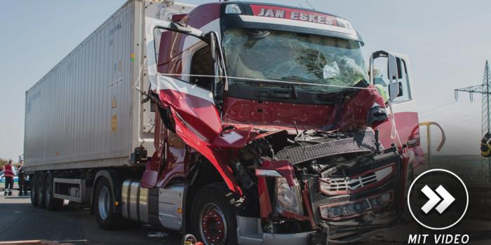 Schwerer Auffahrunfall mit zwei Lkw auf der A3