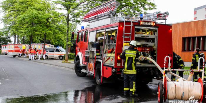 Mehrere Personen mit Rauchgasinhalation nach Kellerbrand in Raunheim